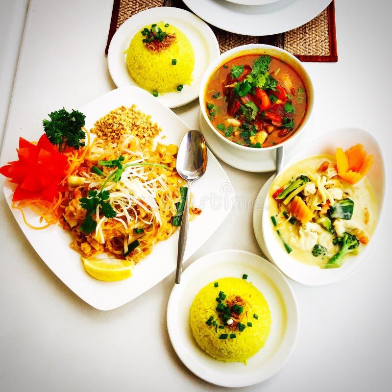 thai läcker mat royaltyfria foton