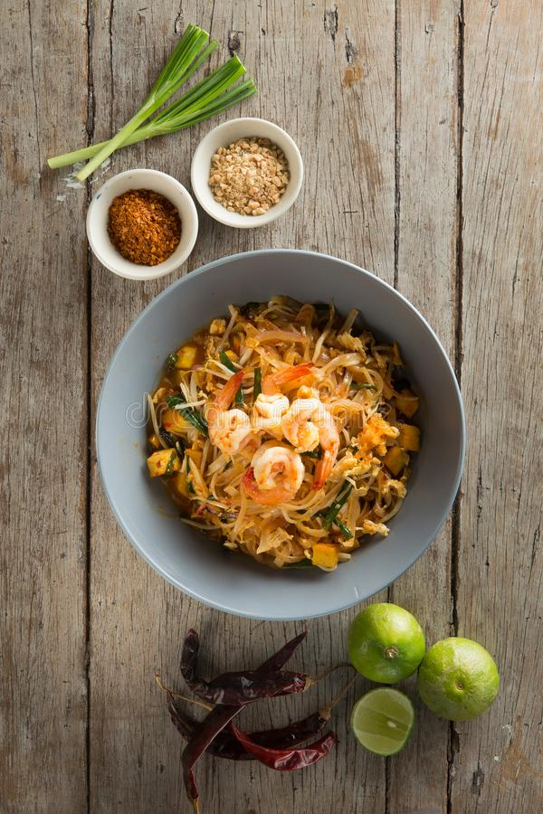Thai noodles Stir fry with prawn, tofu and vegetables. Famuose a royalty free stock image