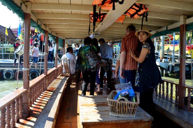 Thai people passenger ferry boat crossover Chaopraya river. At Wat Bangchak Temple on November 21, 2015 in Nonthaburi, Thailand stock photos