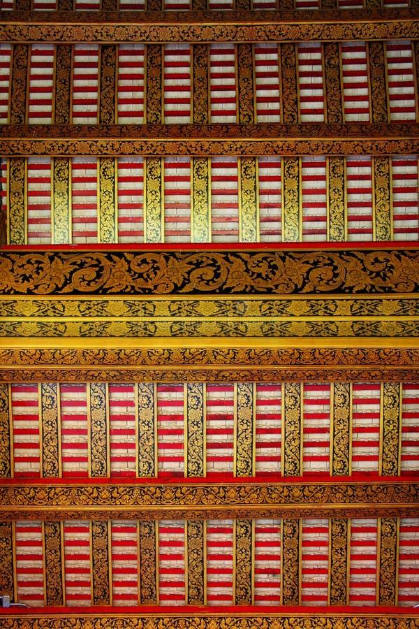 thai stil för takstruktur arkivbild