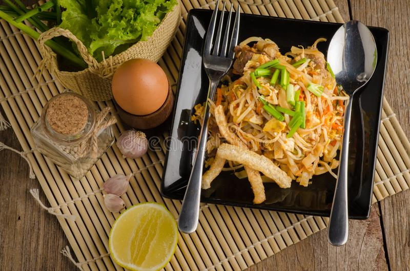 Thai stir-fried rice noodles & x28;Pad Thai& x29; royalty free stock photo