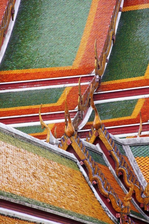 thai tempel för tak s royaltyfri foto
