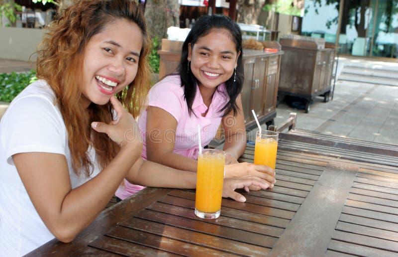 thai vänner arkivbild