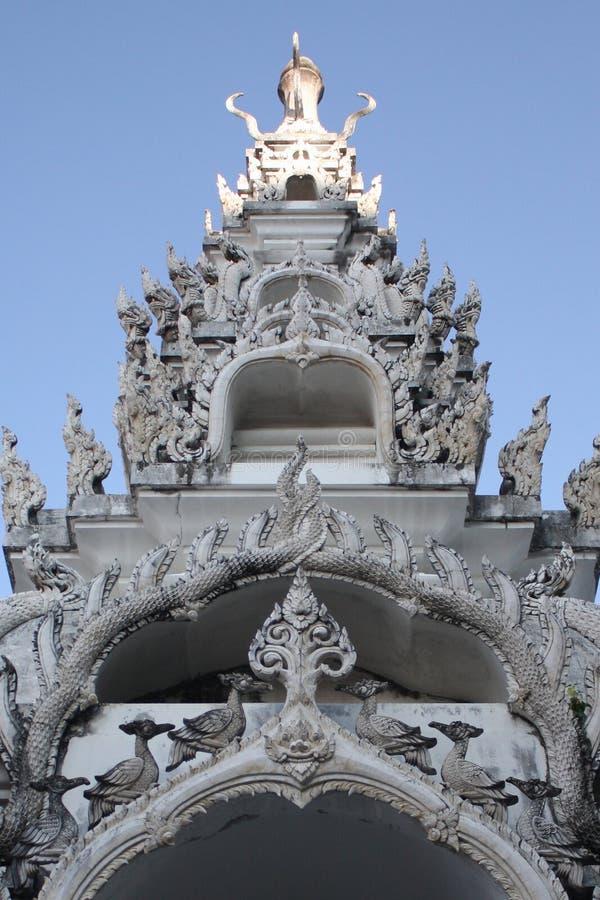 Thaiart, świątynia, wat, niebo obrazy royalty free