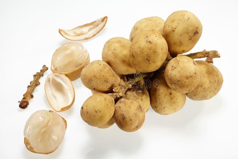 Thailändische Frucht (Longkong) lizenzfreie stockfotos
