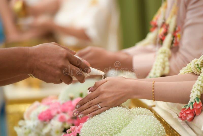 Thailändische Hochzeit der Kultur stockbilder