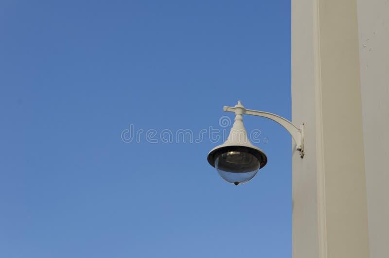 Thailändische klassische Wand-Lampe lizenzfreies stockbild