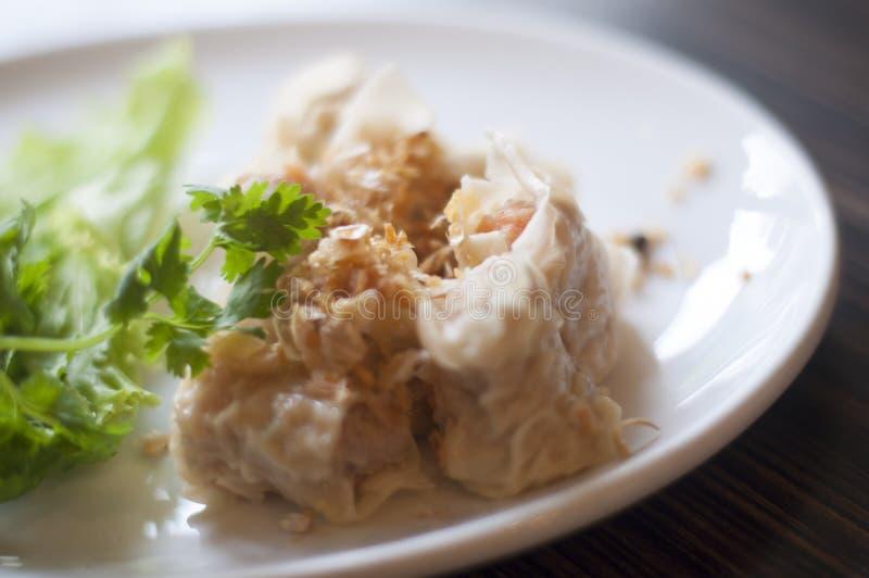 Thailändische Mehlkloß-Snäcke stockfotos