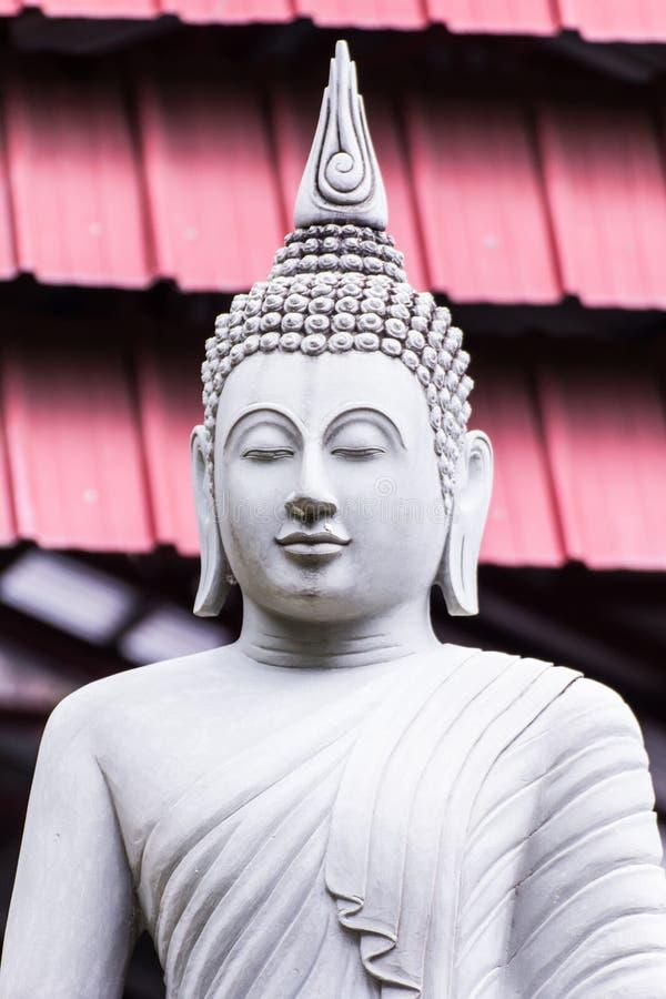 Thailändische weiße Buddha-Statue lizenzfreies stockbild