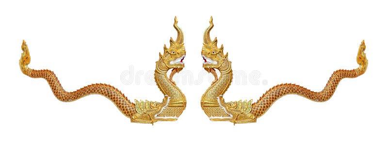 Thailändischer Drache oder König der Nagastatue auf weißem Hintergrund lizenzfreie stockfotos