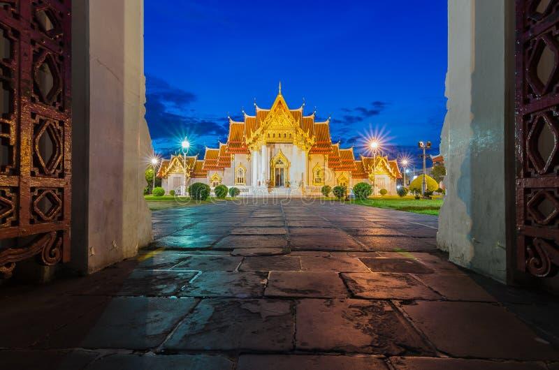 Thailändischer Tempel, Wat Benchamabophit in Bangkok, Thailand lizenzfreie stockfotografie