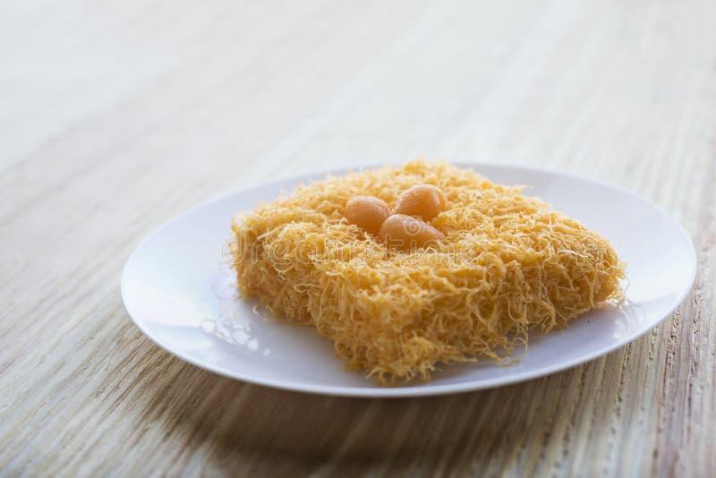 Thailändischer traditioneller cusine Nachtisch von Eigelb Kuchen foi Zapfen lizenzfreie stockfotos