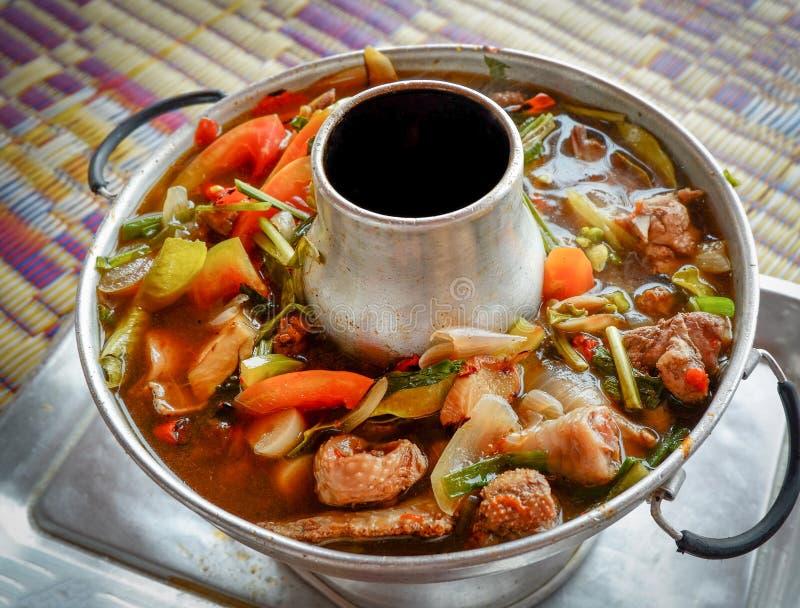 Thailändisches heißes unsere Suppe lizenzfreie stockfotos