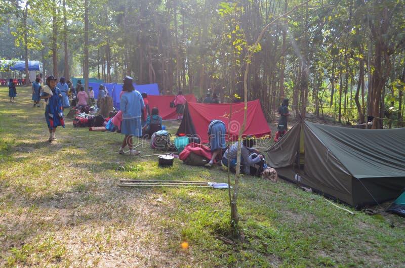 Thailändisches Studentenpfadfinderlager lizenzfreie stockfotografie