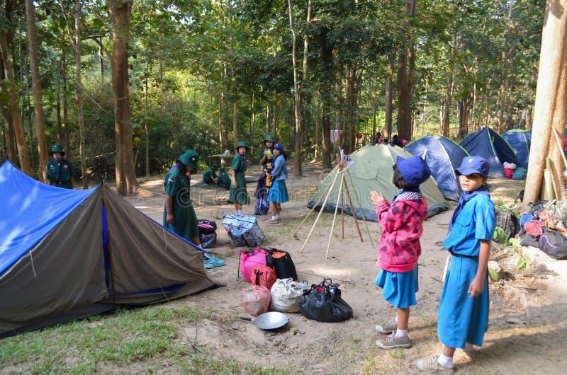Thailändisches Studentenpfadfinderlager lizenzfreie stockfotos