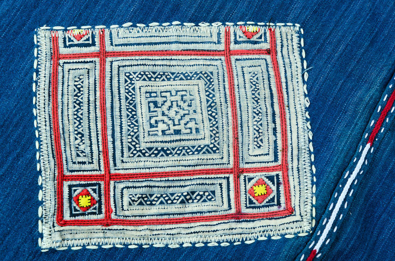 Thailändsk broderi, handgjord stamtextilstil arkivbild