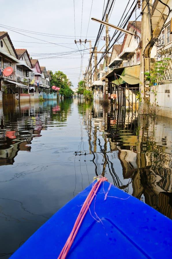 Thailändsk flodkris på Bangkok, Thailand royaltyfri fotografi