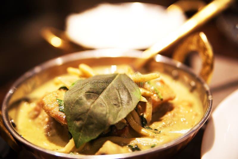 Thailändsk kokkonst med skaldjur royaltyfria foton
