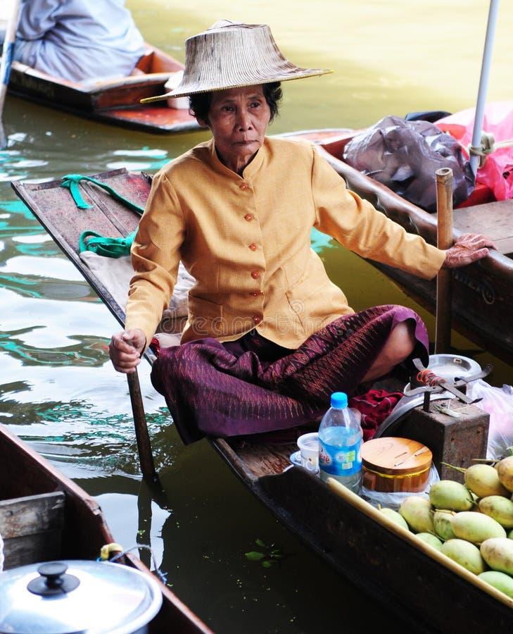 Thailändsk kvinna arkivfoton