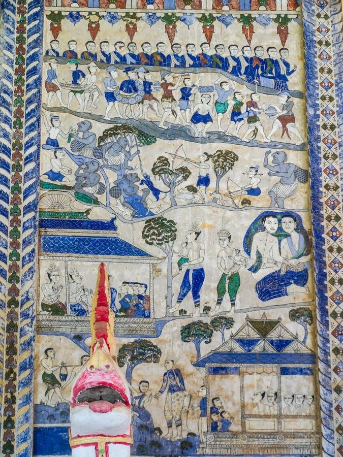 Thailändsk målning för tradition på väggen av kyrkan i templet royaltyfria foton