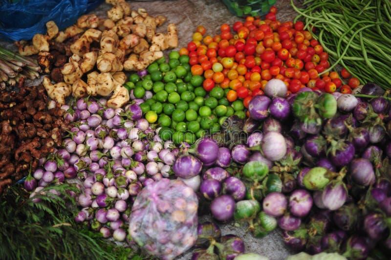 Thailändsk marknad för grönsaker royaltyfri bild