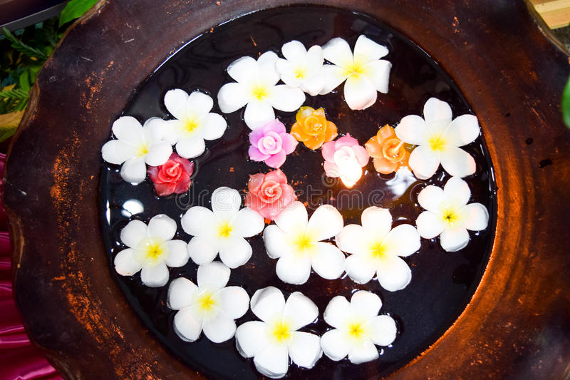 Thailändsk massage, Spa utrustning royaltyfria foton