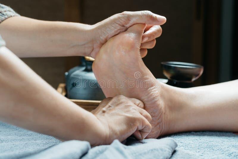 Thailändsk massageserie royaltyfri fotografi