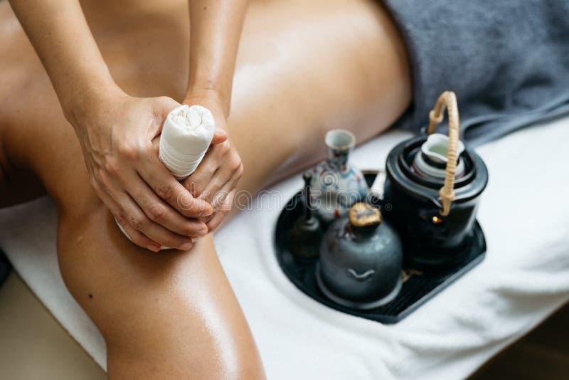 Thailändsk massageserie arkivfoton