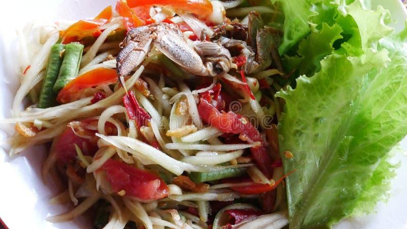 Thailändsk mat kallas papayasallad eller papayasallad arkivfoton