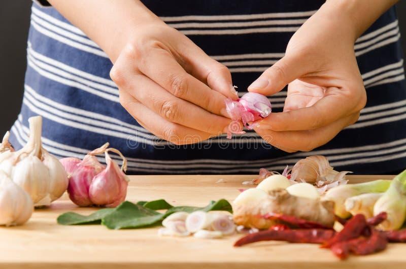 Thailändsk matmatlagning arkivfoton