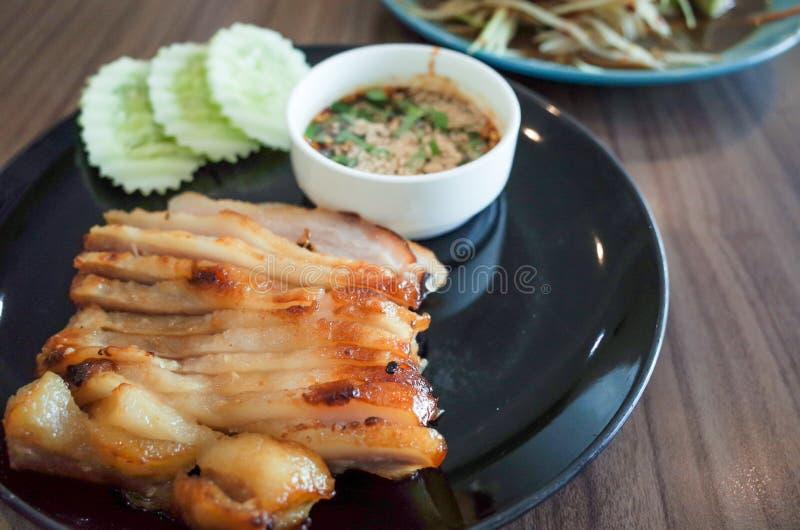 Thailändsk matpapayasallad, ris klibbar, grillad höna royaltyfri fotografi