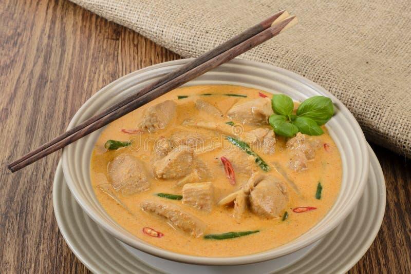 Thailändsk röd feg curry arkivbilder