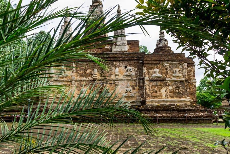 Thailändsk religiös achitecture royaltyfri fotografi