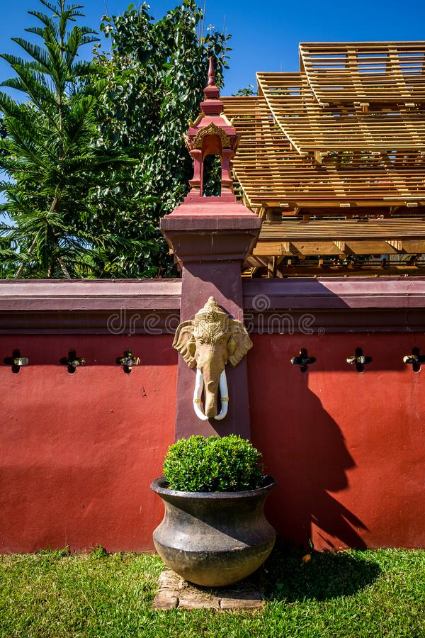 Thailändsk religiös konst royaltyfri bild