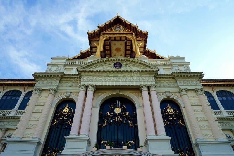 Thailändsk slott royaltyfri foto