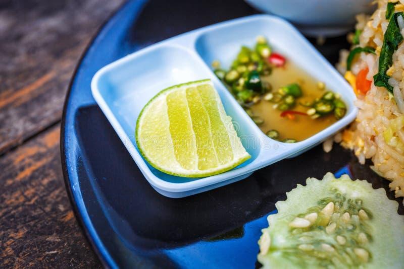 Thailändsk smaklig kokkonst arkivbild