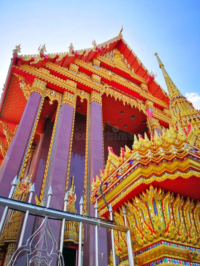 Thailändsk tempel i Bangkok Thailand royaltyfria foton