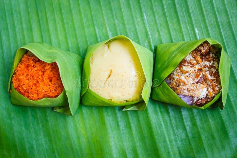 Thailändsk thailändska traditionell efterrätt, thailändska sötsaker eller Khanom arkivfoton