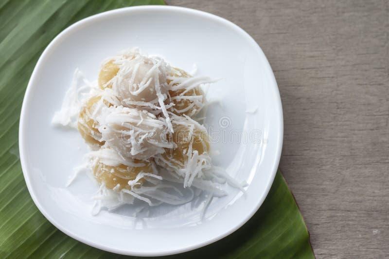 Thailändsk traditionell efterrätt för kokta sötsaker arkivfoton