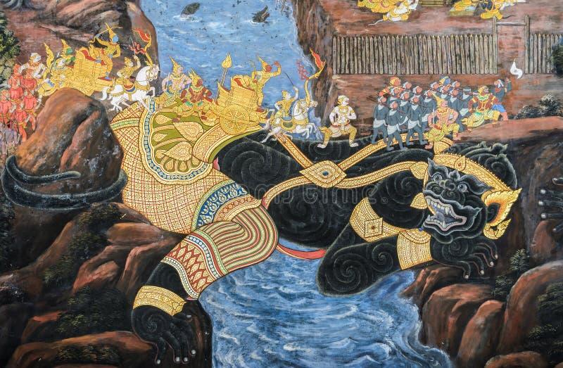 Thailändsk vägg- freskomålning av Ramakien epos på den storslagna slotten i Bangko royaltyfri bild