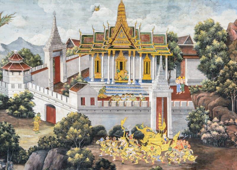 Thailändsk vägg- freskomålning av Ramakien epos på den storslagna slotten i Bangko royaltyfria foton