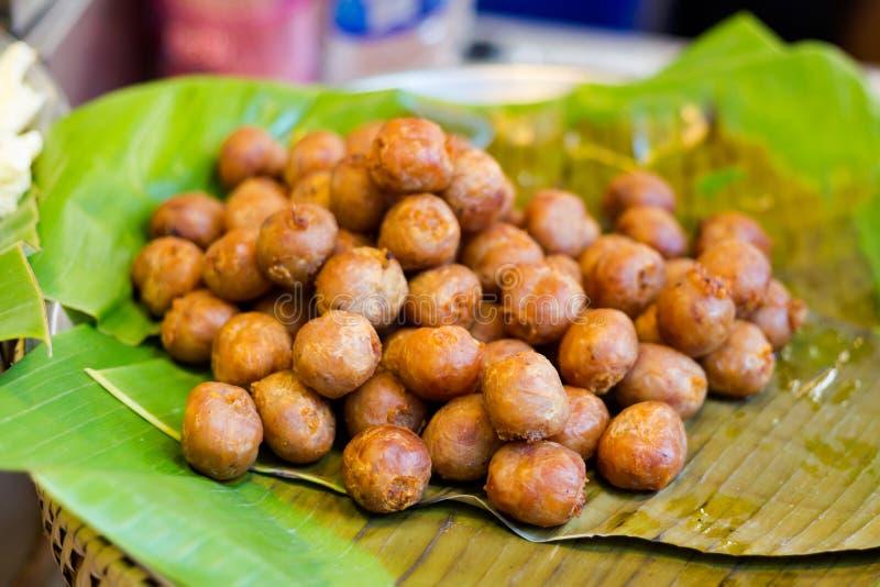 Thailändska isan korvgrisköttbollar fotografering för bildbyråer
