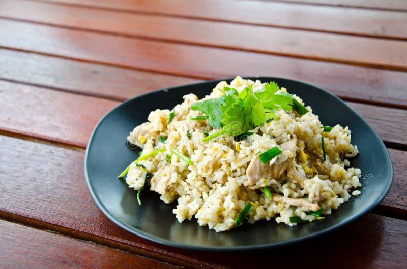 Thailändska stekte ris arkivbild