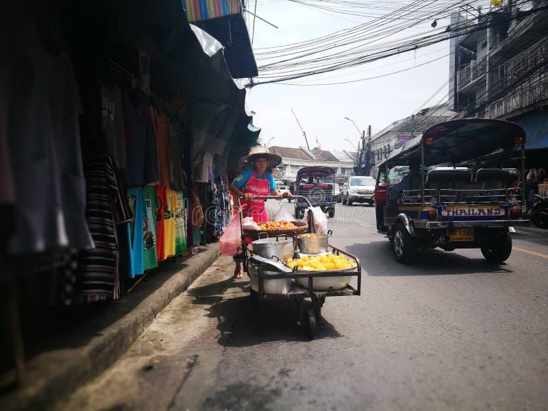 Thailändskt gatafotografi royaltyfri fotografi