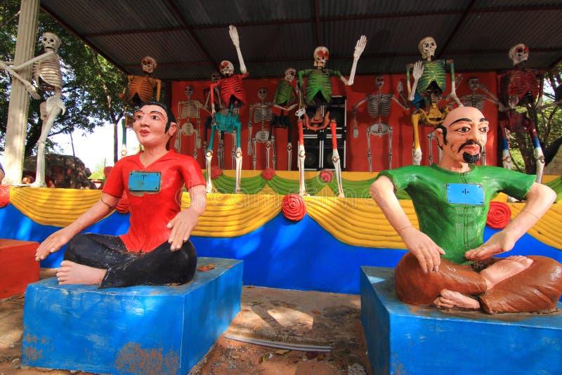 - Thailändskt tempel av ett helvete och en paradise- - 0024 arkivbilder