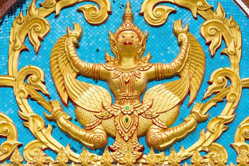 Thailand ängelskulptur arkivbild