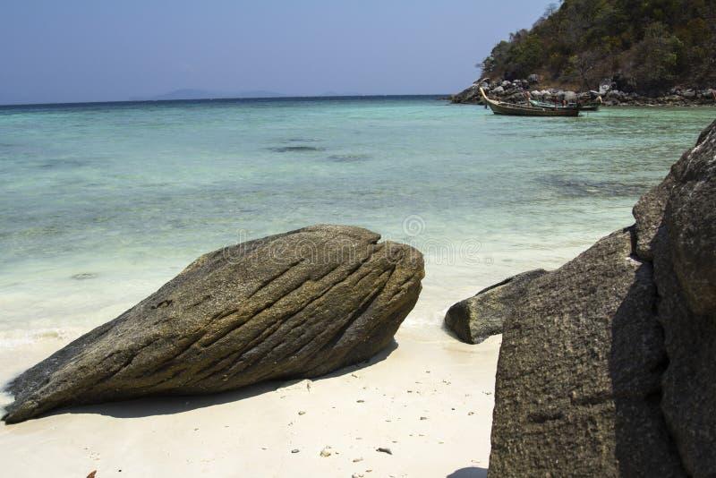 Thailand, eiland, overzees, strand, Racha, water, oceaan, kust, blauw, hemel, landschap, de zomer, aard, eiland, tropische reis,  royalty-vrije stock afbeelding