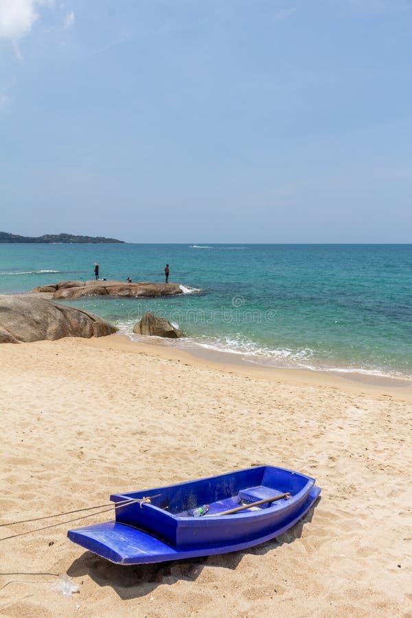 ? Thailand f?r samui f?r Lamai strandko fotografering för bildbyråer