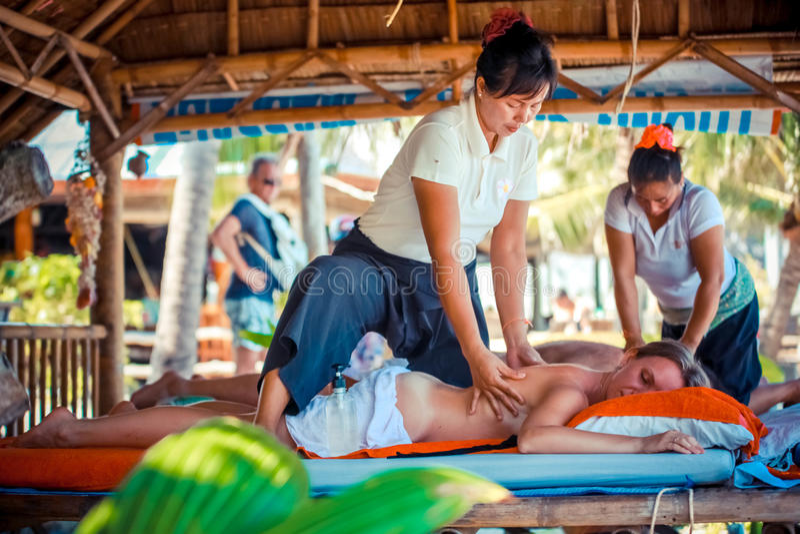 Die beliebtesten Videos von Tag: erotische massage