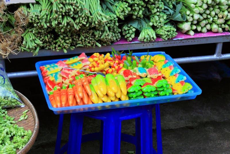 Thailand marknadsför traditionell mat fotografering för bildbyråer